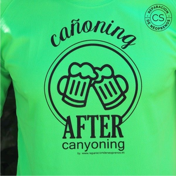 camiseta barranquismo canoning after canyoning detalle camiseta tecnica ropa material barranquismo canyoneering tshirt outfit equipment not boring t-shirts